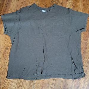 Amazon Essentials Size 3XL Army Green Tshirt